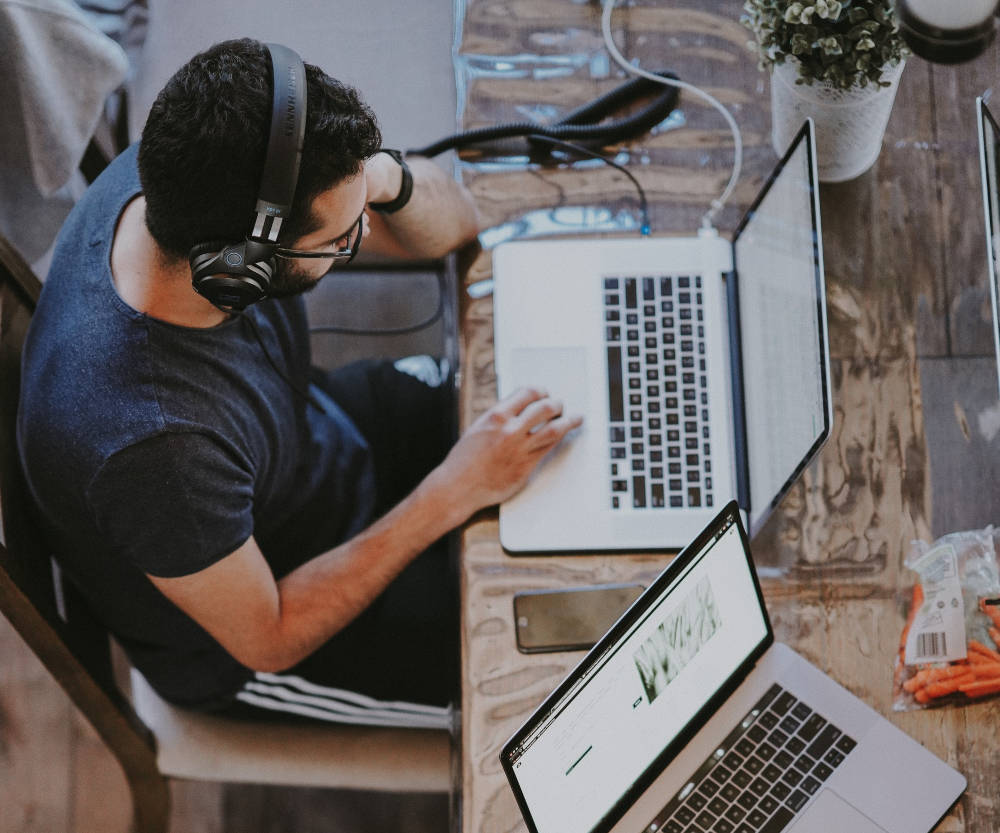 How to use music, sound & silence to boost your productivity
